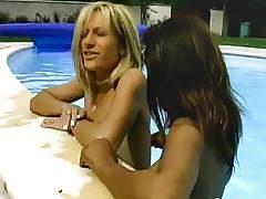 Amateur Silvia lesbian girlfriend toy fucking